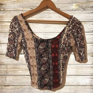 Nollie Crop Top Size Small